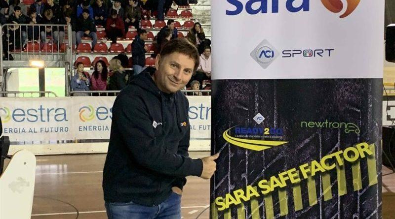 Marsala. Sara Safe Factor fa tappa In Sicilia: la guida responsabile si impara a scuola con un pilota pluripremiato