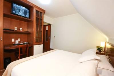 Quarto Apartamento Luxo Superior - Pousada Campos de Provence
