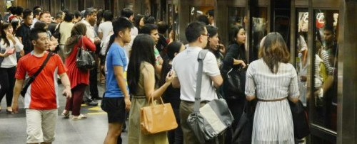 Free train rides for early birds Singapore