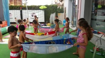 volley-globo con el grupo de Miss Jessica