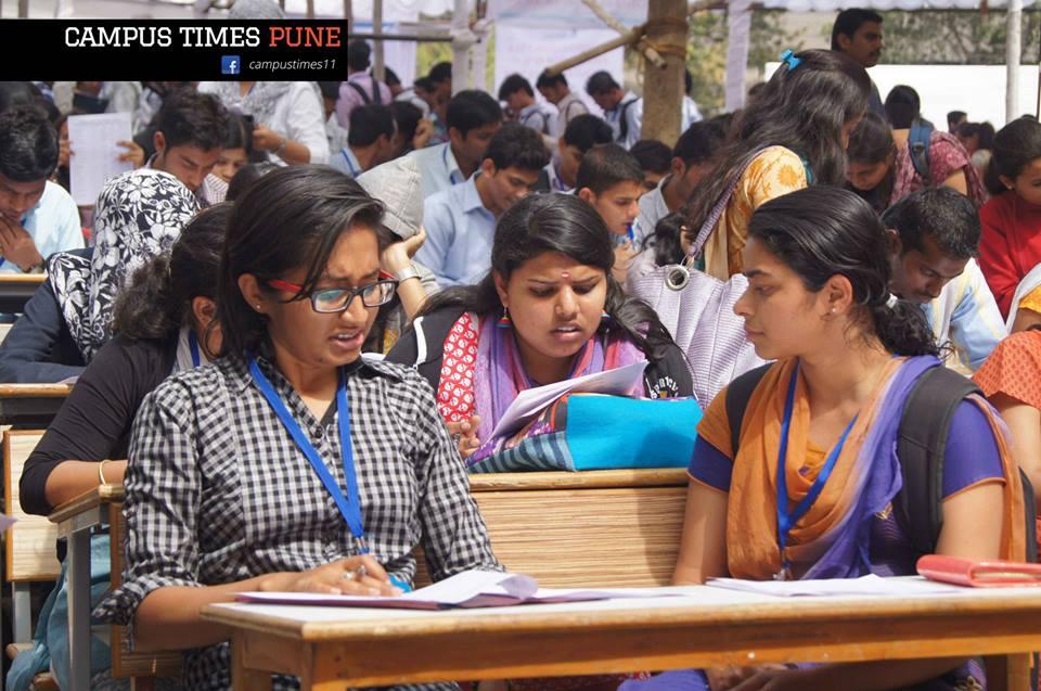 pratibha-job-fair-students-preparing-to-get-jobs