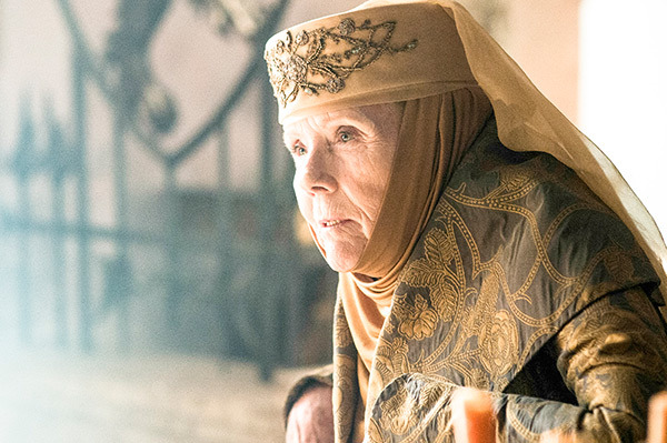 game-of-thrones-season-5-episode6-ollena-tyrell-with-cersei
