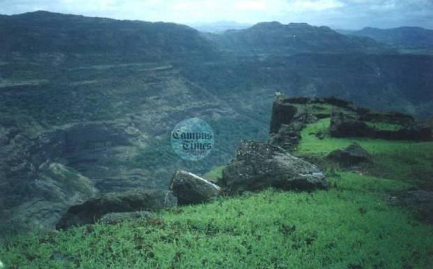 Rajmachi-Trekking-in-Pune