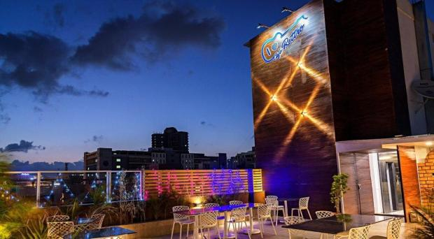 cafe rettro baner places to hangout pune