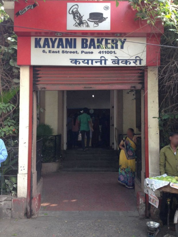kayani-bakery-pune-camp-places-to-hangout