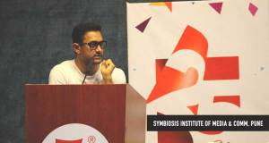 Aamir-Khan-Surprise-Visit-SIMC-Pune