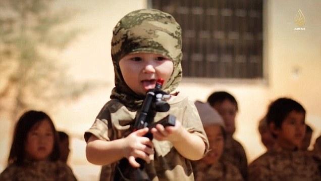 little-child-in-war