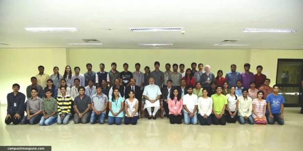 PM-Modi-with-COEP-Swayam-Team