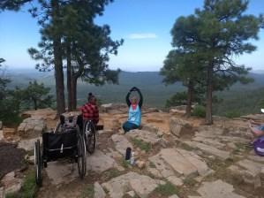 Rim hike Bri and Rihanna