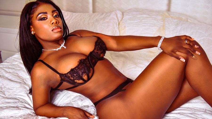 busty ebony cams girl farahlucy