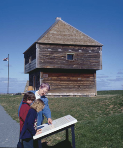 Fort Edward National Historic Site / Parks Canada