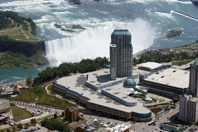 Horseshoe Falls view from Fallsview Casino Resort