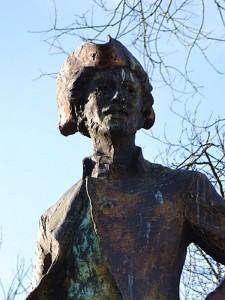 [Closeup on the face of the statue of the Chevalier de la Barre in Paris.]