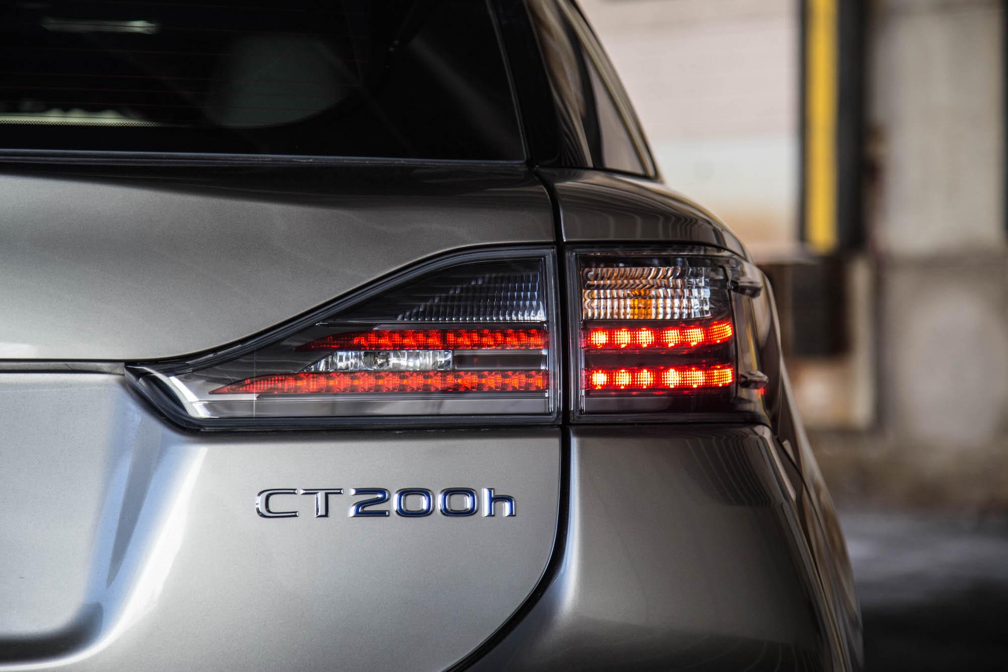 Review 2016 Lexus CT 200h Canadian Auto Review