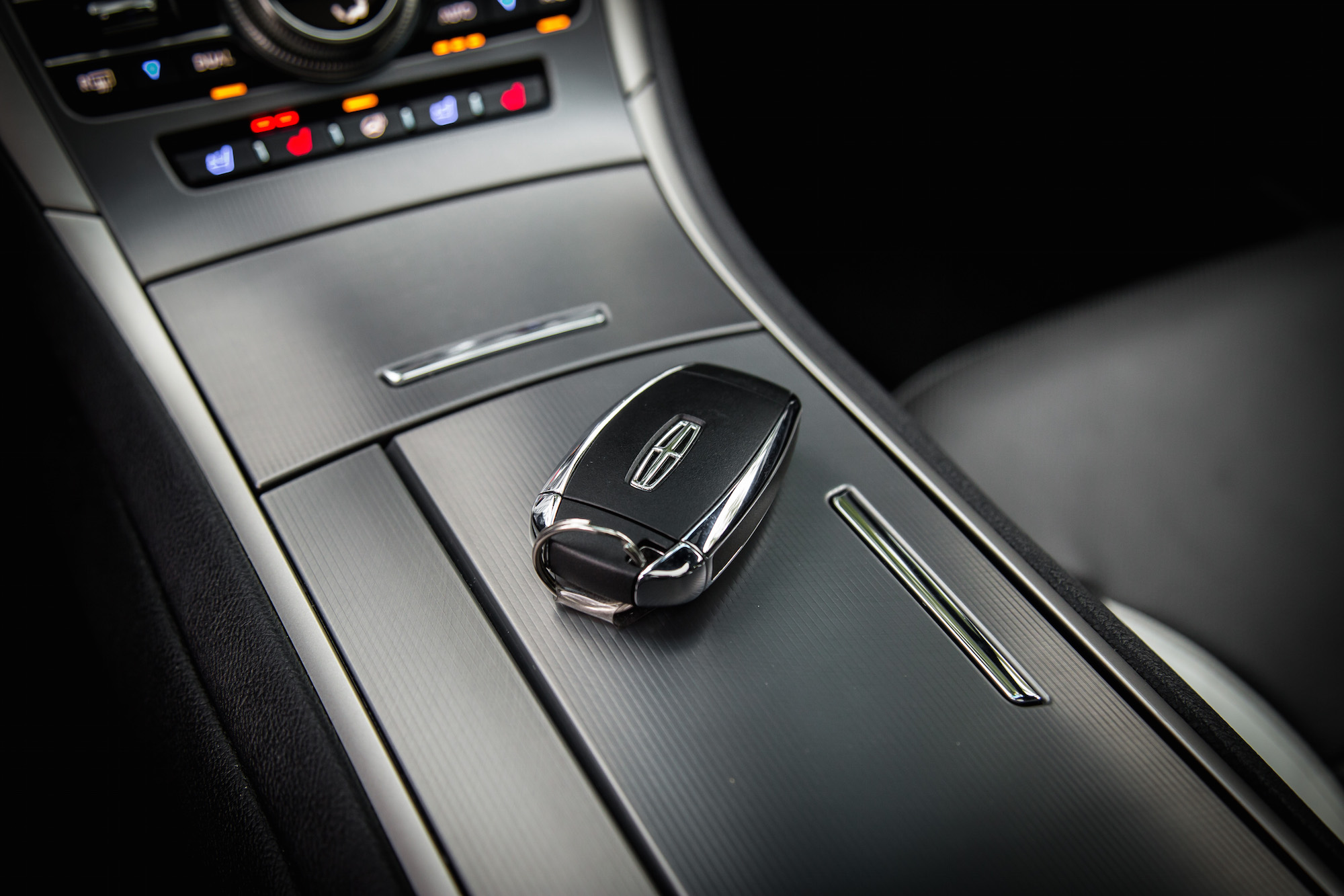 Review 2017 Lincoln MKZ Reserve AWD 30T Canadian Auto
