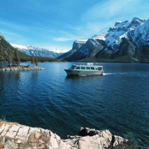 The stunning beauty of Lake Minnewanka.
