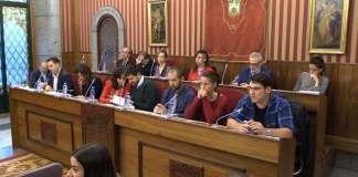 Grupos de la Oposición en el Salón de Plenos