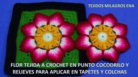 Cuadrado con flor punto cocodrilo y relieves
