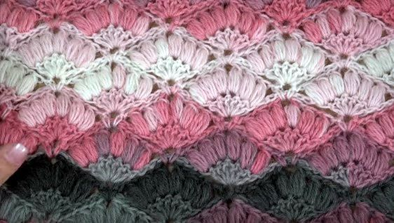 Punto Crochet Abanicos en Relieve