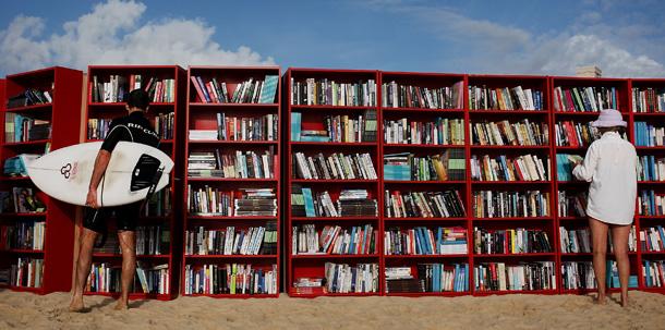 libri bookcrossing spiaggia