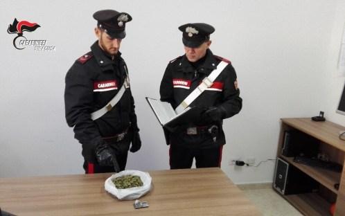 Trasportava cocaina in auto, arrestato dai carabinieri