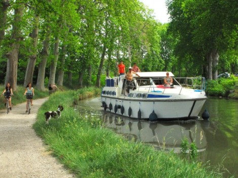 location bateau sans permis, canal du midi, navigation