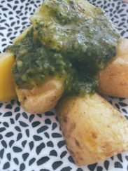 Las patatas canallas con pesto