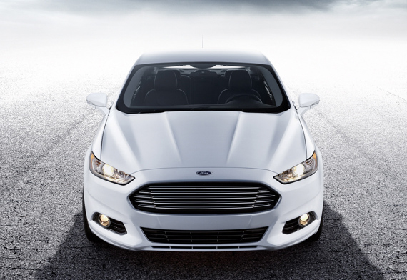 ford_fusion_2013_ft01
