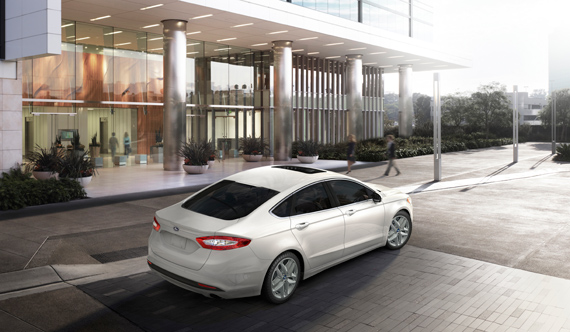 ford_fusion_2013_ft04