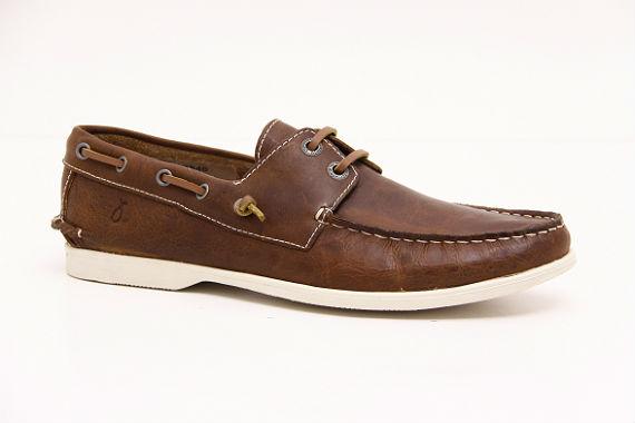 0c331e10d1 Neste ano os siders aparecem como grande destaque dos calçados masculinos  de verão