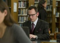 person_of_interest_estilo_harold_finch04