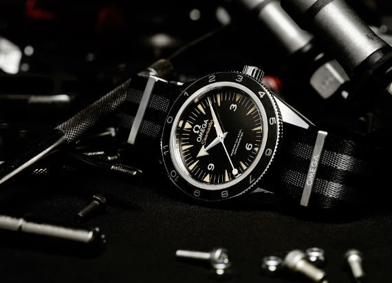 omega_seamaster_300_spectre_james_bond_03