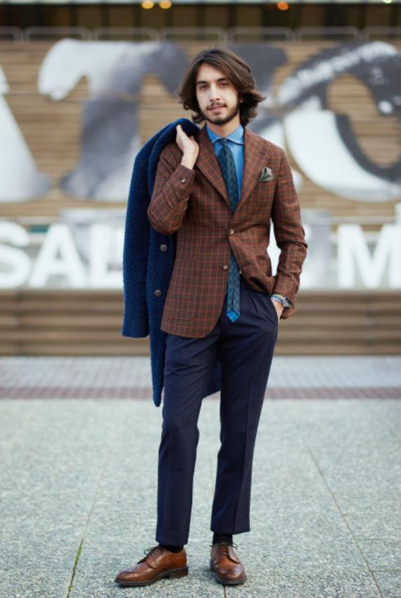 gravata-desproporcional