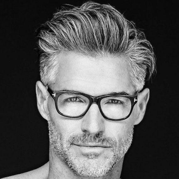 cabelos-brancos-idade-oculos