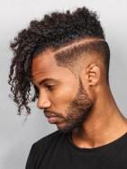 corte-cabelo-masculino-baguncado-afro-16