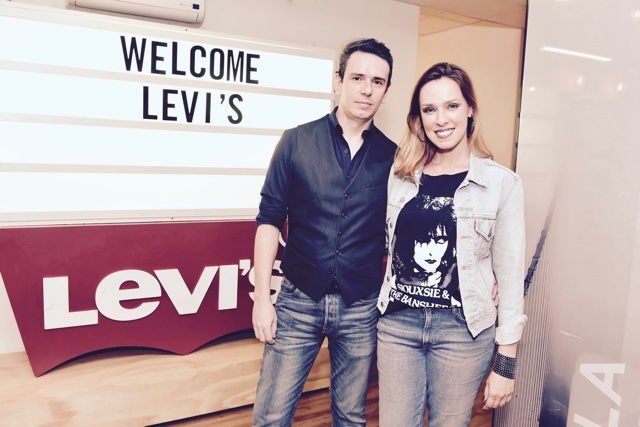 Ricardo Terrazo Junior e Barbara Duarte no Lab Levi's
