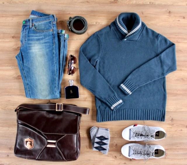 Look masculino para o inverno com tricô fisherman, jeans claro e tênis de lona