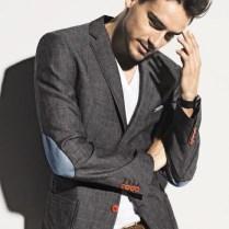 look-blazer-camiseta-gola-v-09