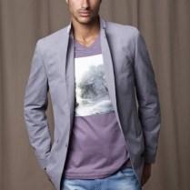 look-blazer-camiseta-gola-v-12
