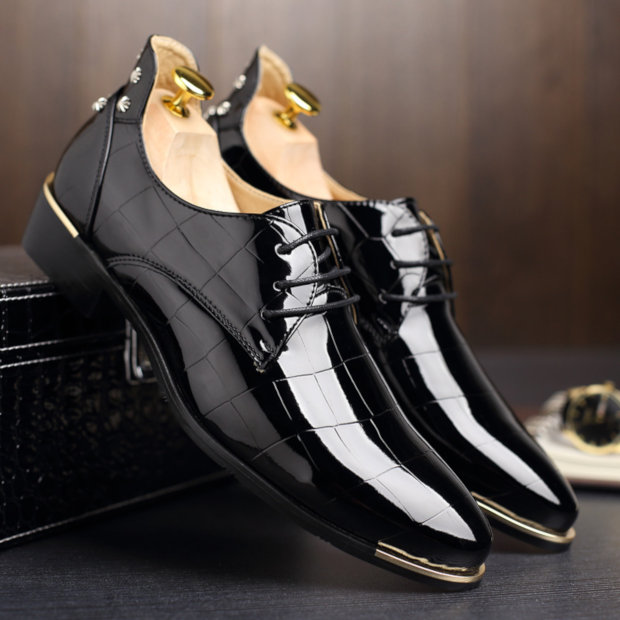 Tipos de Couro de Sapato - Sapato de verniz