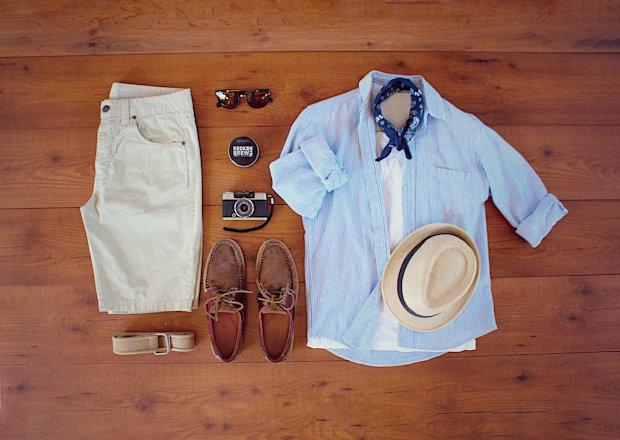 Camisa e camiseta para passeio de verão