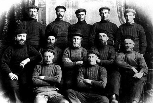 A História do Suéter de Tricô Masculino - pescadores século 19