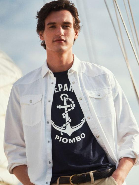 Overshirt Masculina com camiseta estampada