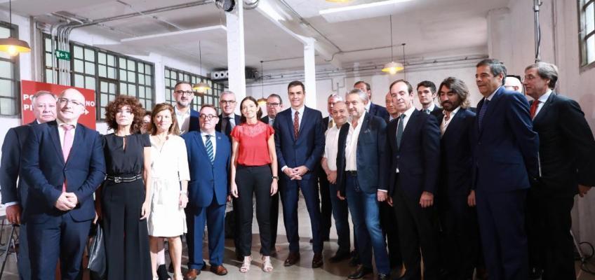 Foto de la reunión con Pedro Sánchez y Reyes Maroto