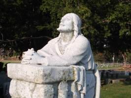 Pray Statue