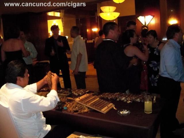 tobacco puros roller