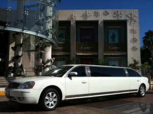 limo-fordCancun Riviera Maya