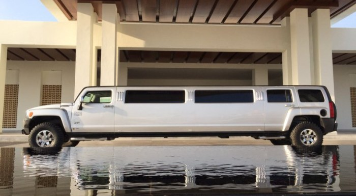 Hummer Limousine Cancun Riviera Maya