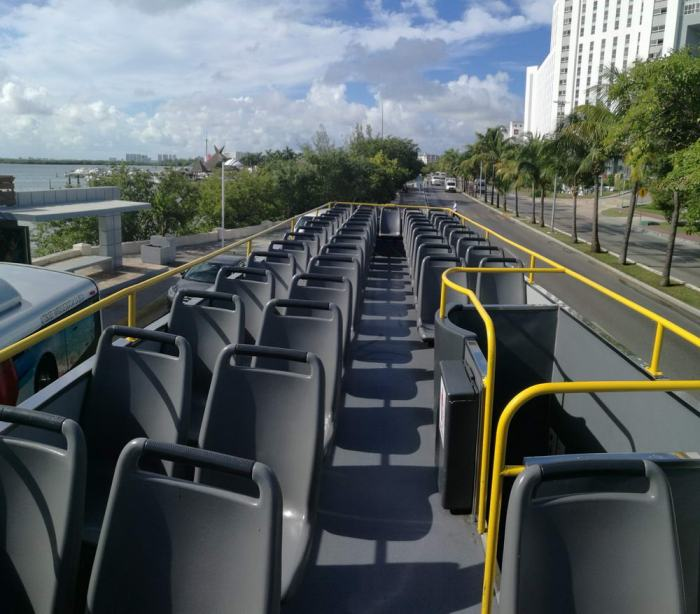 cancun hop-on hop-off bus