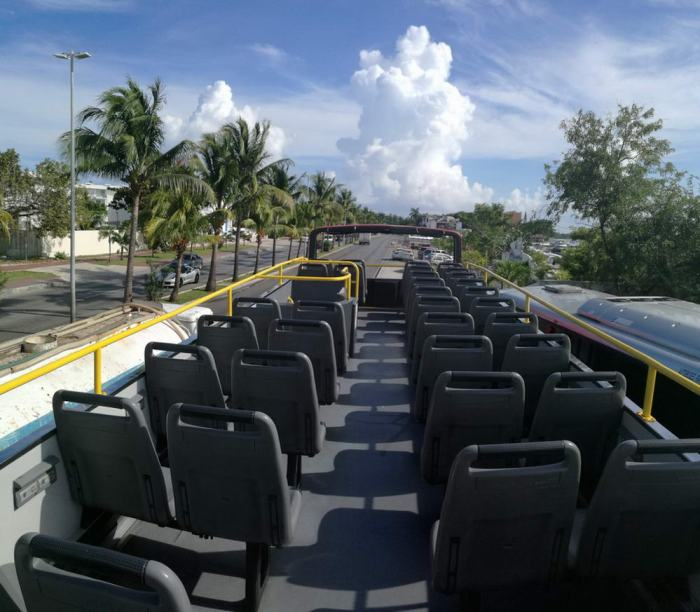 cancun party bus